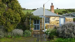 Brooklands Heritage B&B near Victor Harbor